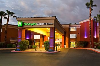 Exterior of Holiday Inn Express Hotel & Suites Scottsdale - Old Town
