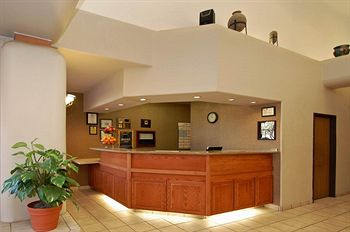 Comfort Suites - Scottsdale Front Desk