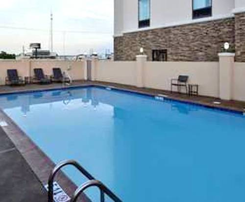 Outdoor Pool at Hampton Inn Broussard-Lafayette Area