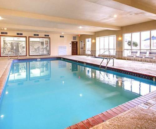 Comfort Suites Vidalia Indoor Swimming Pool
