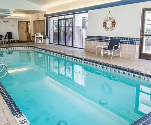 Quality Inn Valley Suites Spokane WA Indoor Swimming Pool
