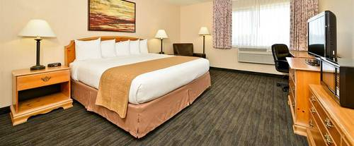 Quality Inn Oakwood Room Photos