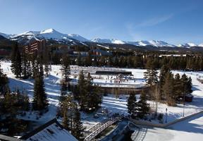 Exterior View of Marriott's Mountain Valley Lodge at Breckenridge