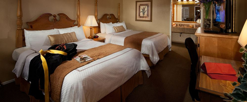 Photo of BEST WESTERN PLUS El Rancho Inn & Suites Room