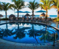 Outdoor Swimming Pool of Naples Beach Hotel & Golf Club