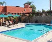 Outdoor Swimming Pool of Stanford Inn & Suites Anaheim
