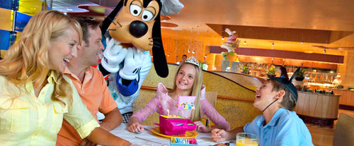 Disney Character Dining, princesses and Goofy