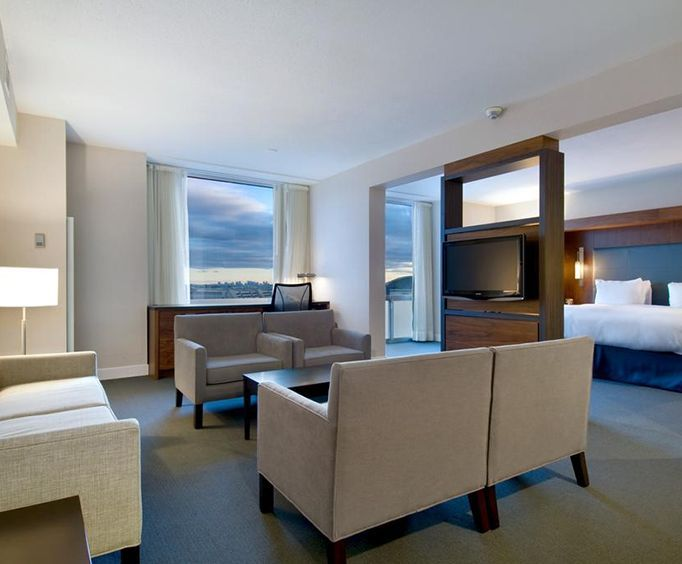 Room Photo for Hilton Toronto Airport Hotel  Suites