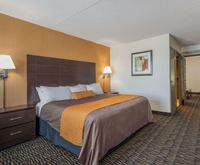 Photo of Ramada Plaza Niagara Falls Room