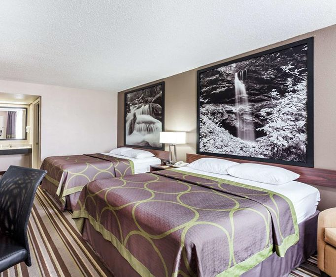 Room Photo for Super 8 Pigeon Forge-Emert St