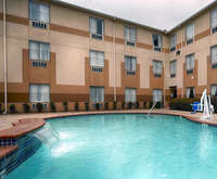 Outdoor Pool at Best Western Fountainview Inn & Suites Near Galleria