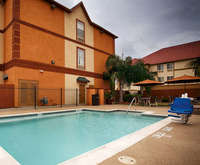 Outdoor Swimming Pool of BEST WESTERN PLUS Hobby Airport Inn & Suites