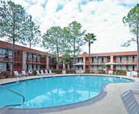 Outdoor Pool at Clarion Inn Channelview