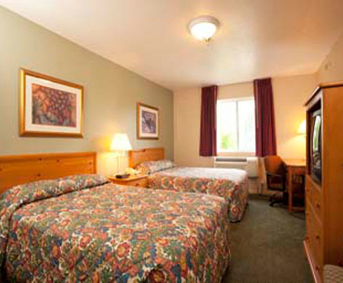 Photo of Super 8 Mt. Pleasant Room