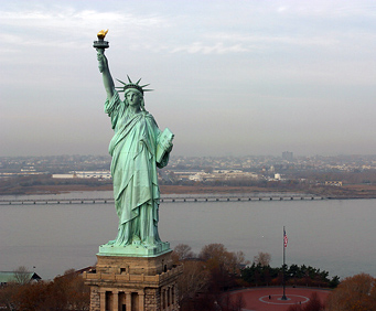 Foreign Languages City Tour w/Double Decker Bus & Ferry Ticket, Statue of Liberty