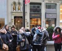 Fashion on Fifth Avenue Walking & Shopping Tour