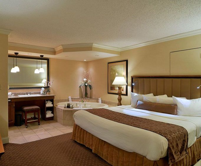 Best Western Eden Resort Inn  Suites Jacuzzi Room Photo