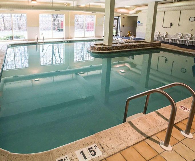 Comfort Inn at the Park Hershey Indoor Pool
