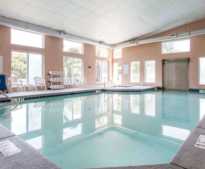 Sleep Inn at Harbour View - Little River Indoor Pool