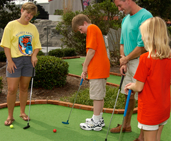 NASCAR SpeedPark: Mini Golf