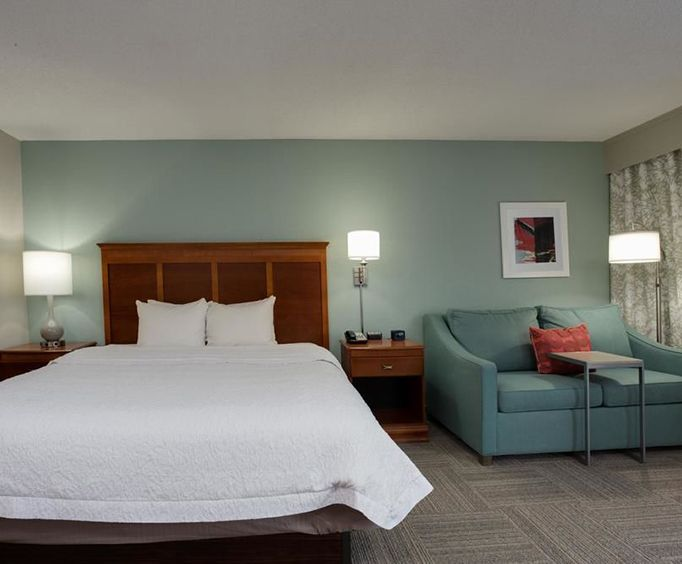 Photo of Hampton Inn North Myrtle Beach-Harbourgate Room