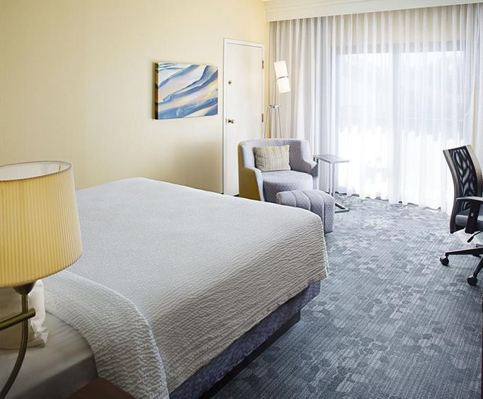 Photo of Courtyard Memphis Airport Room