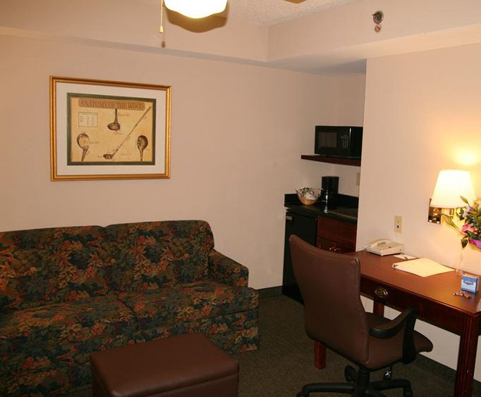 Hampton Inn Memphis Southwind Room Photos