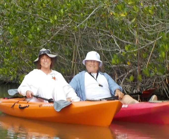 Couple on the Self Guided Kayaking Manatee and Dolphin Tour